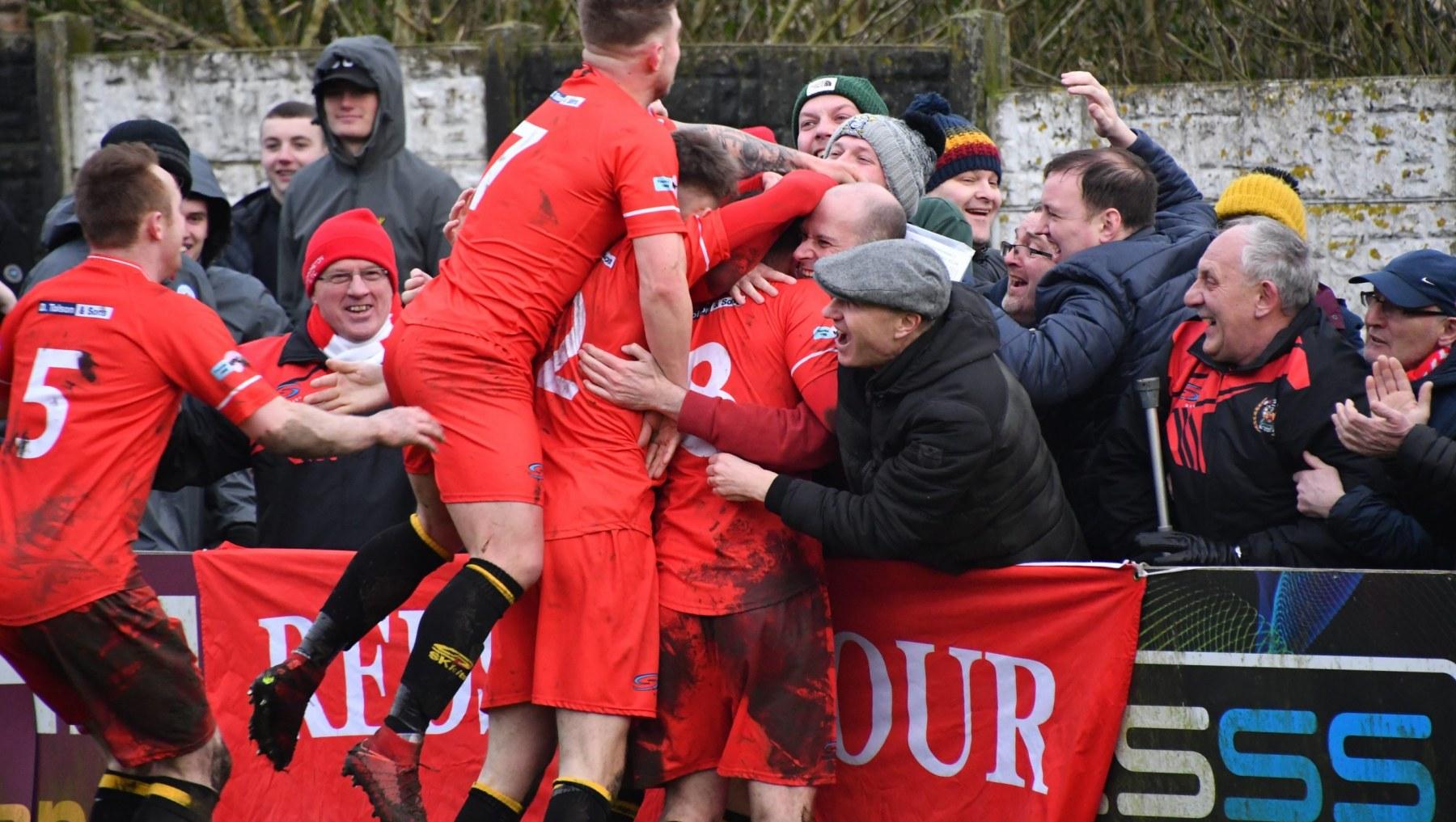 Kendal-Town-v-Workington-Reds-Ben-Challis-13-scaled
