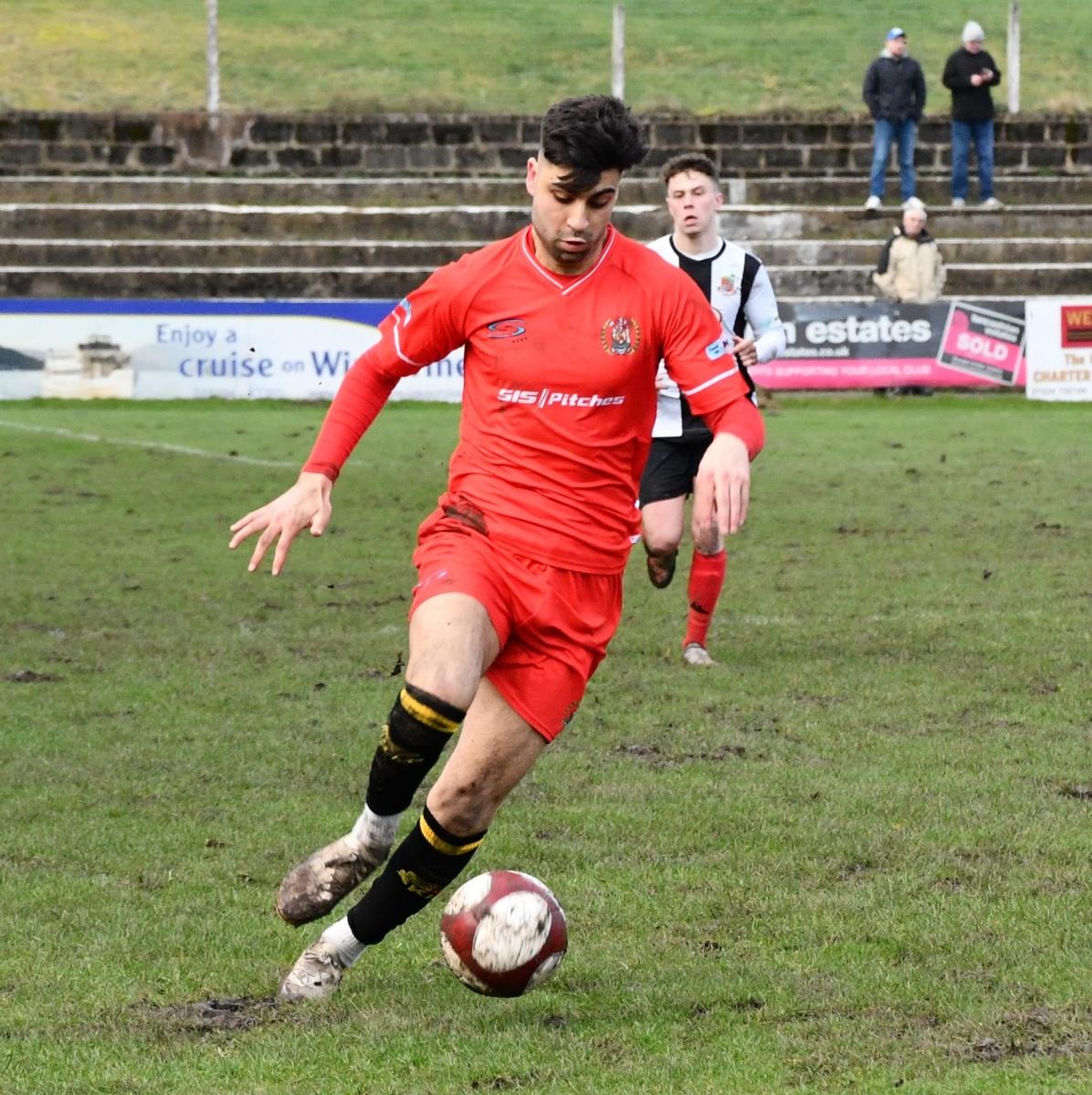 Kendal-Town-v-Workington-Reds-Ben-Challis-14