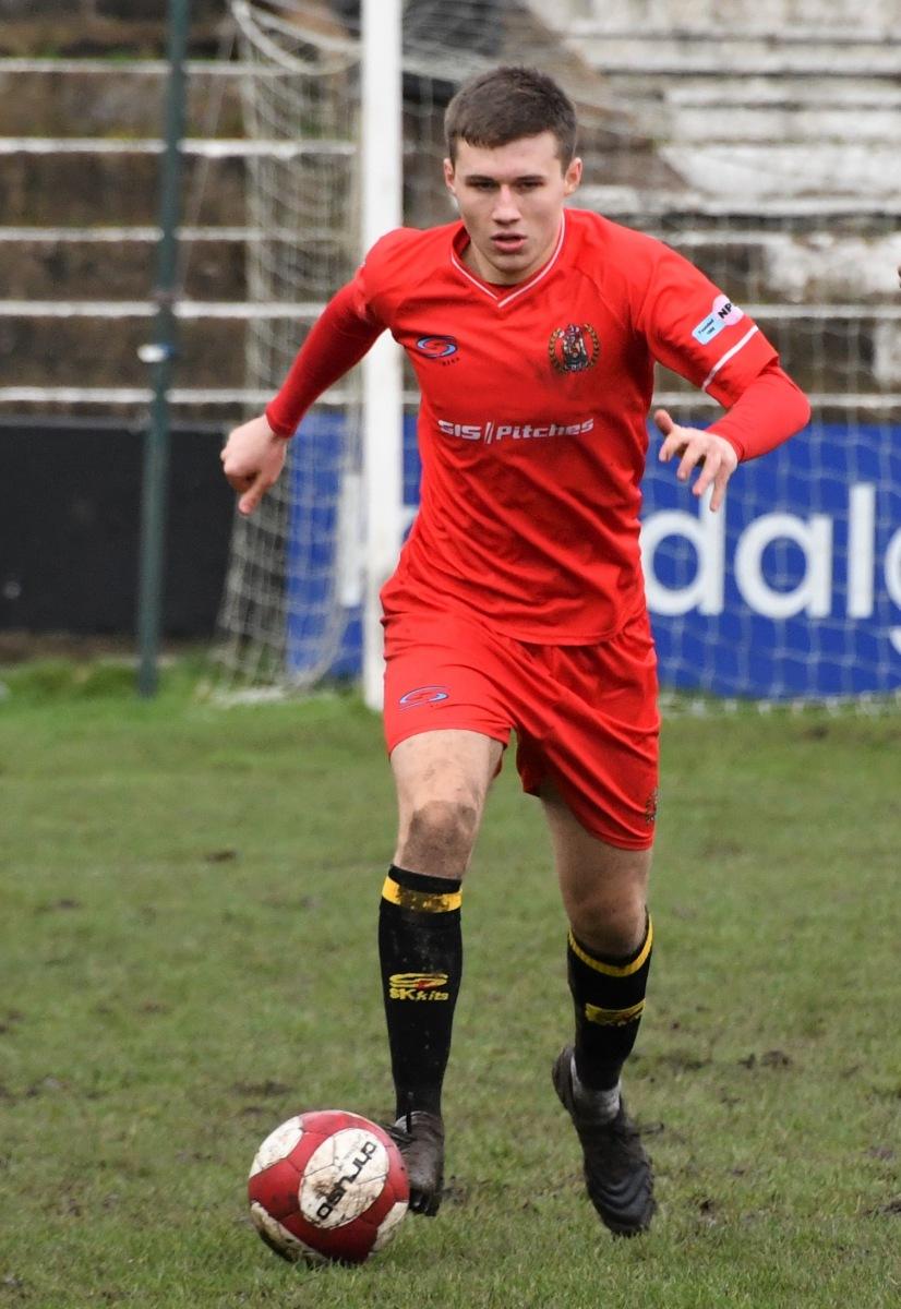 Kendal-Town-v-Workington-Reds-Ben-Challis-17