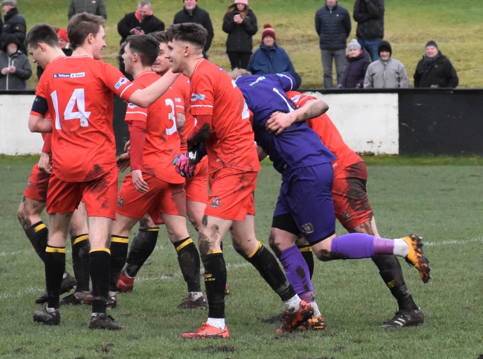 Kendal-Town-v-Workington-Reds-Ben-Challis-19