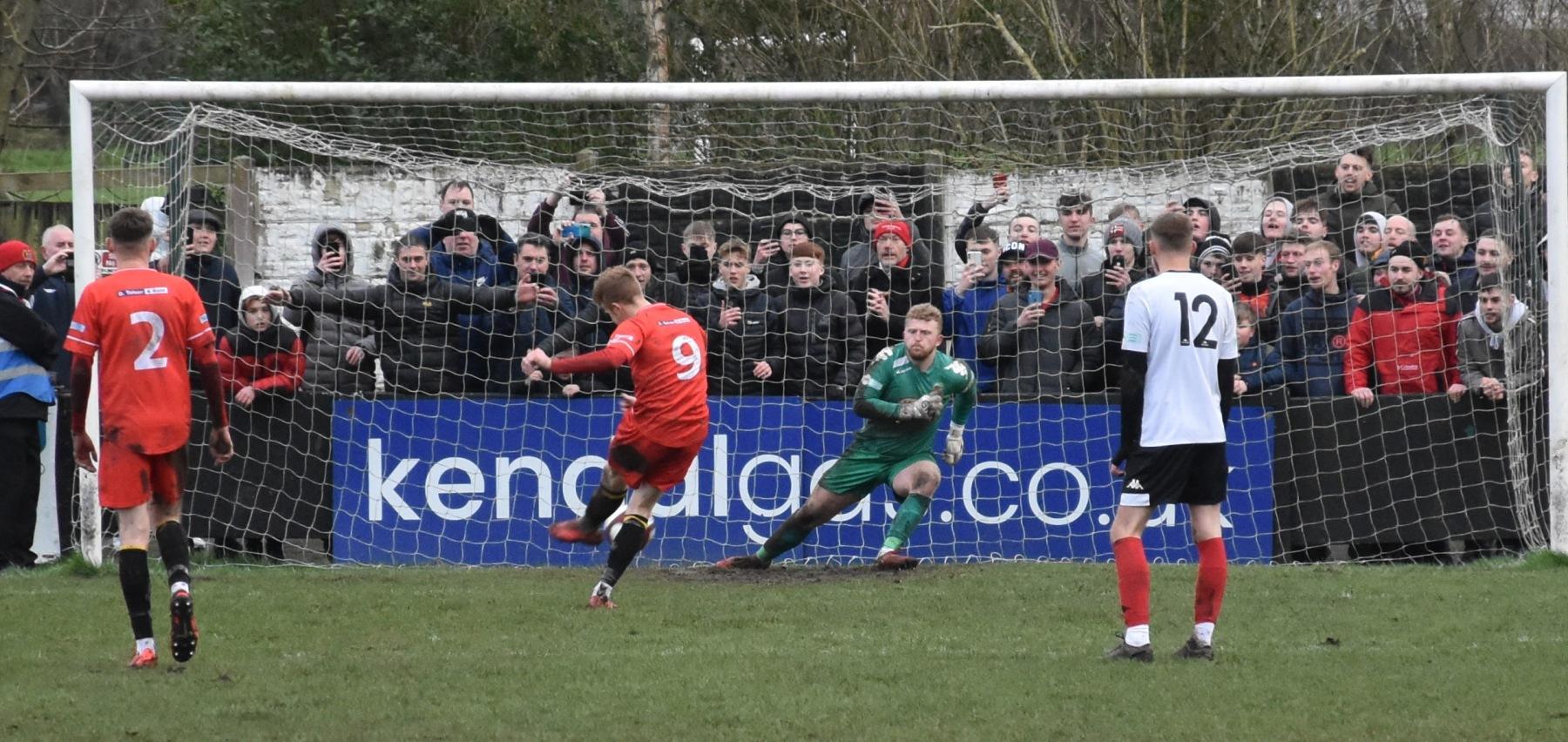 Kendal-Town-v-Workington-Reds-Ben-Challis-20