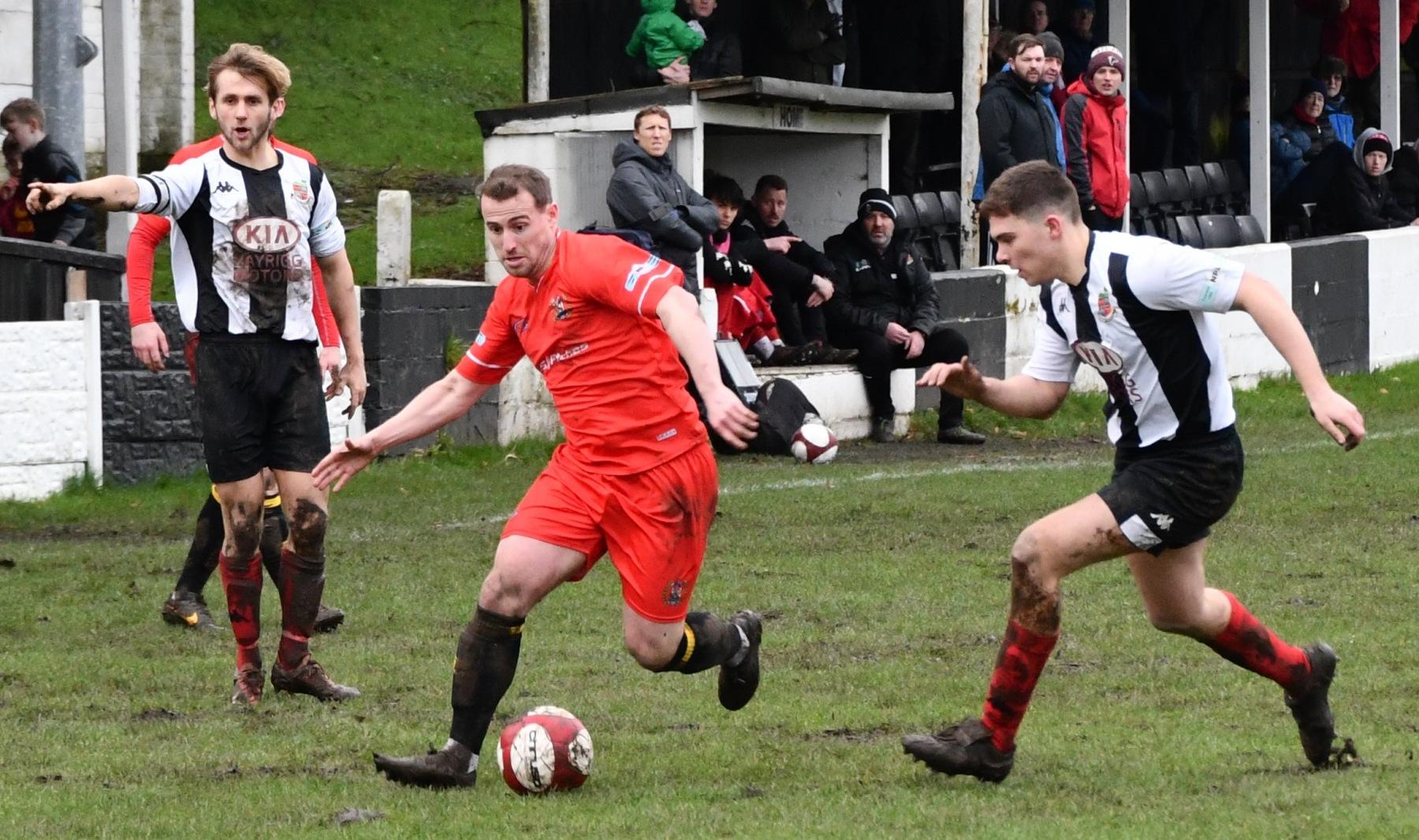 Kendal-Town-v-Workington-Reds-Ben-Challis-6