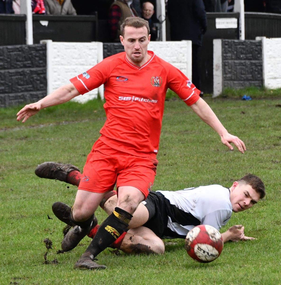 Kendal-Town-v-Workington-Reds-Ben-Challis-7